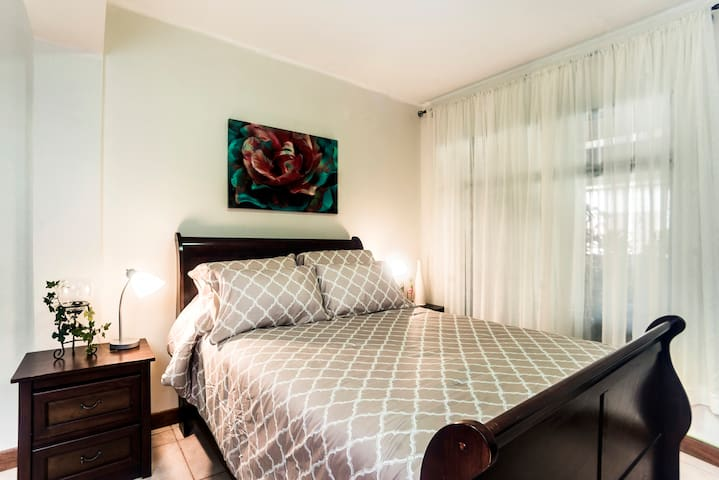Cozy private room in beautiful location! - San José - House