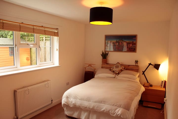 Comfortable two-bedroom apartment in Cambridge - Fulbourn - Appartement