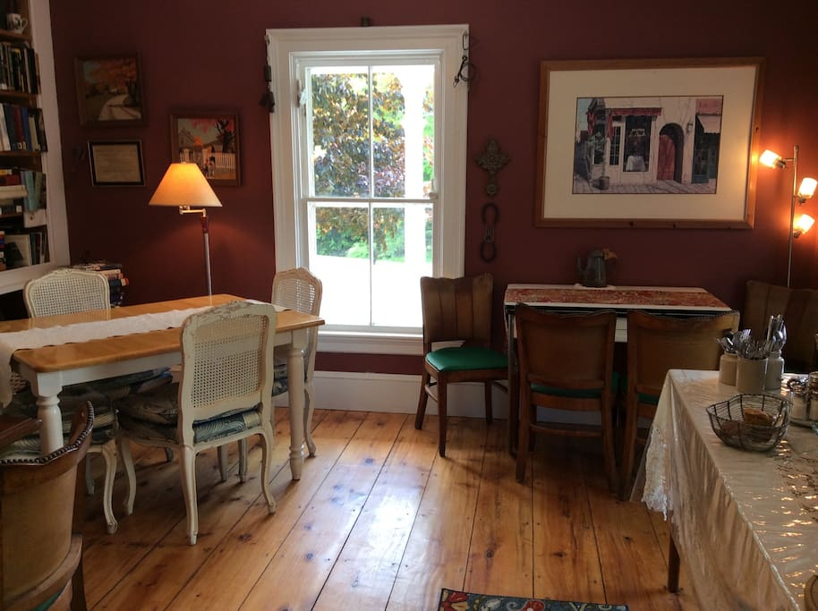 Dining Room with 4 tables