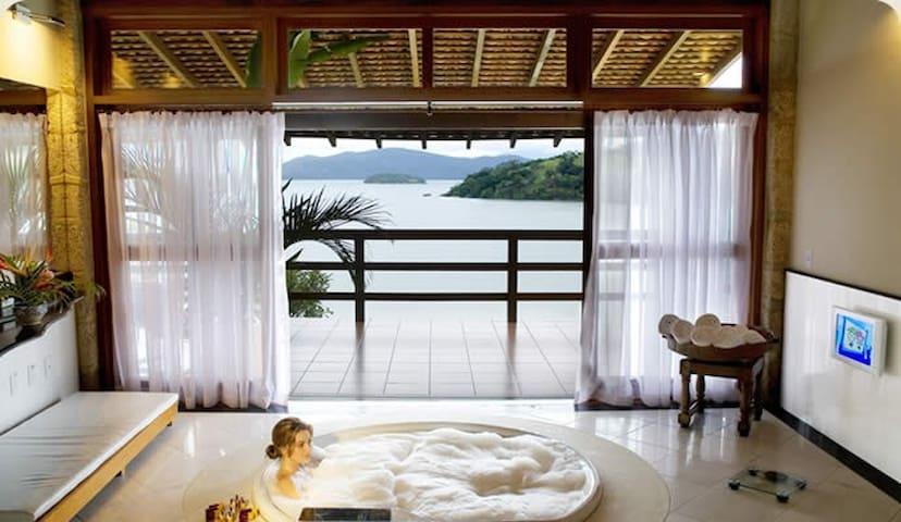 Suite com hidromassagem - Paraty - Bed & Breakfast