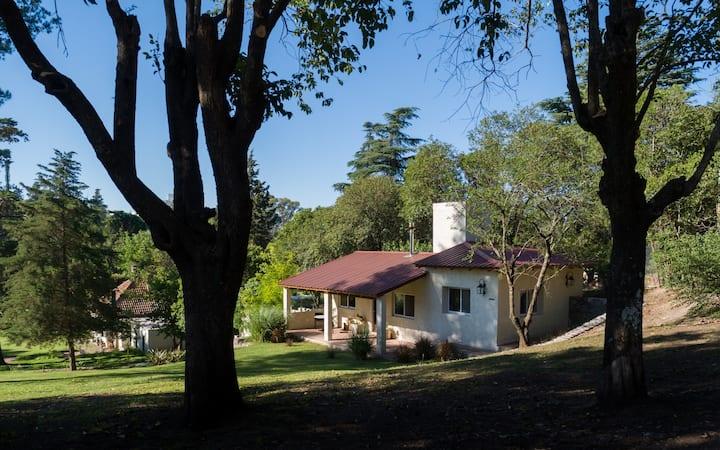 Acogedora Cabaña en Villa Allende
