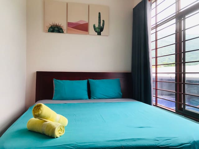 ConDao Center* BRIGHT double room* FREE PICK UP