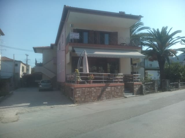 Luxary apartment Sykia Xalkidiki - Sikia - House