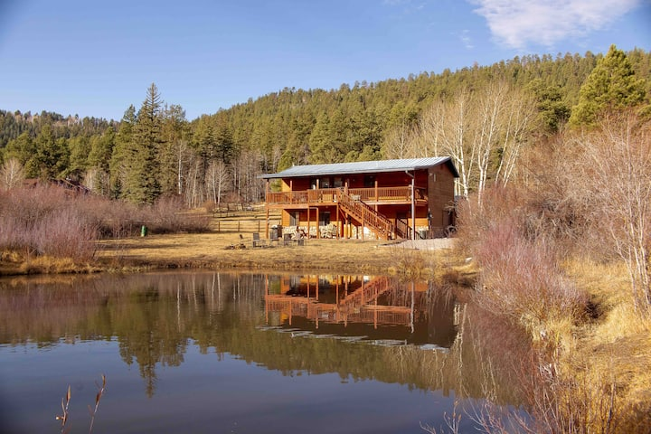 Monte Vista Cabin with Private Pond