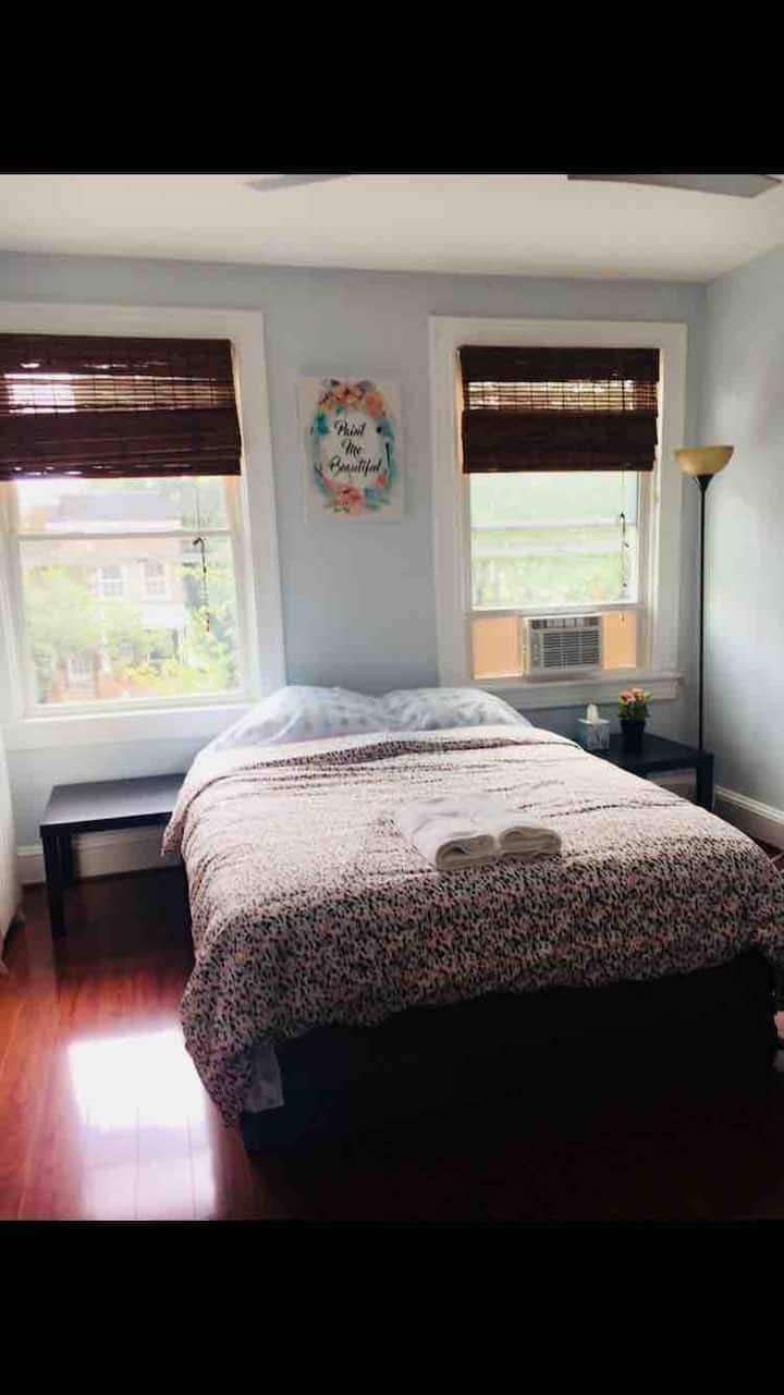 (Five) sunshine bedroom next to John Hopkins univ