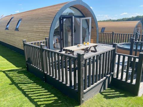 Ranmoor Estate - Starling Lodge - Hot Tub **NEW**