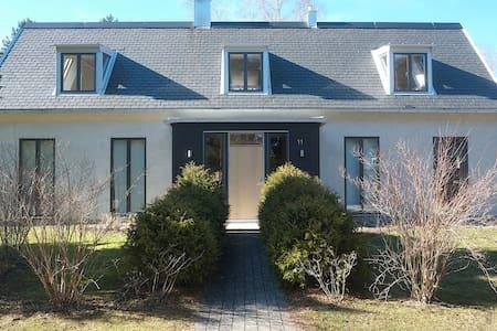 Vackert och ljust hus nära Visby