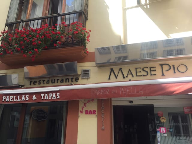Casa acojedora en el centro historico de Granada.