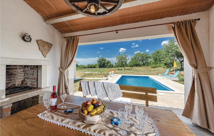 Beautiful home in Sv.Petar u Sumi with WiFi and 1 Bedrooms