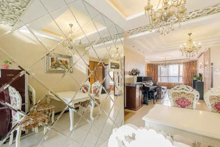 南湖公园红旗街湖西路豪华2室2厅120平