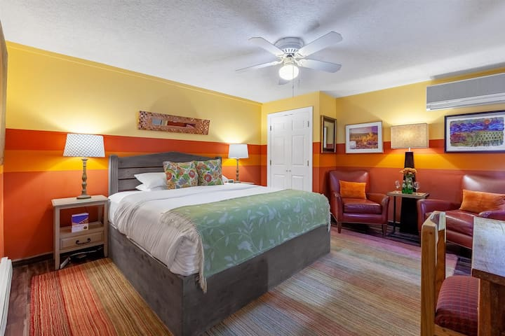 Historic Santa Fe Bed & Breakfast - Deluxe King