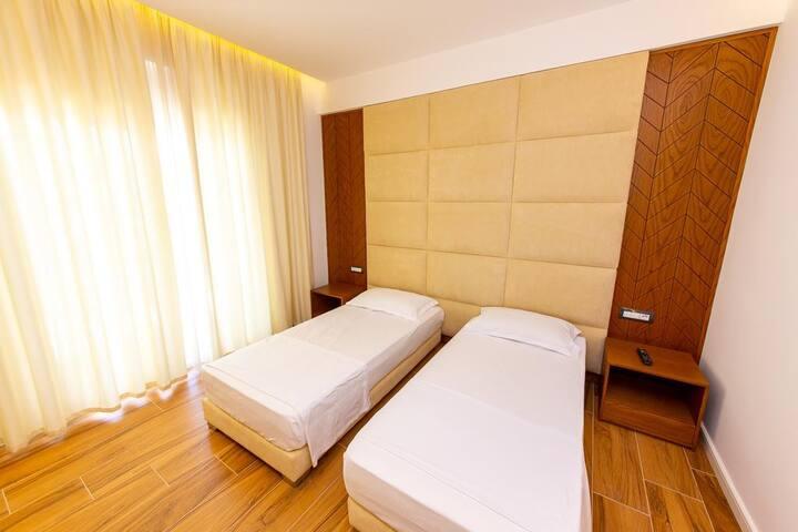 Inada Hotel- Twin Room 1