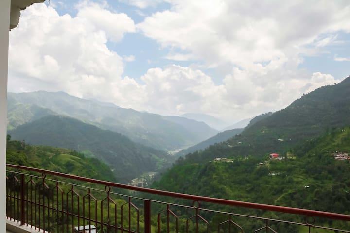 Valley Facing Room | Balcony |