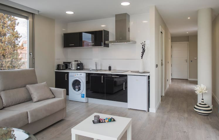 APARTAMENTO ELEDEN TOLEDO VISTAS ALCAZAR - Toledo - Lägenhet