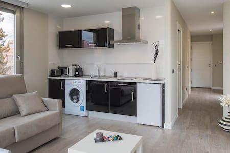 APARTAMENTO ELEDEN TOLEDO VISTAS ALCAZAR - Toledo - Apartment