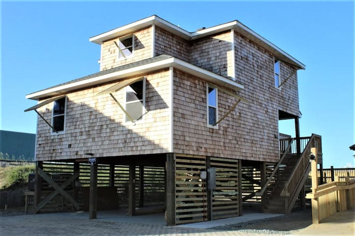 Whalebone Oceanfront 3 Bedroom Cottage B
