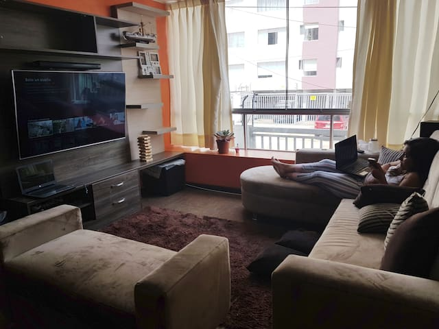 Comfortable Room, 10 min Barranco / Miraflores