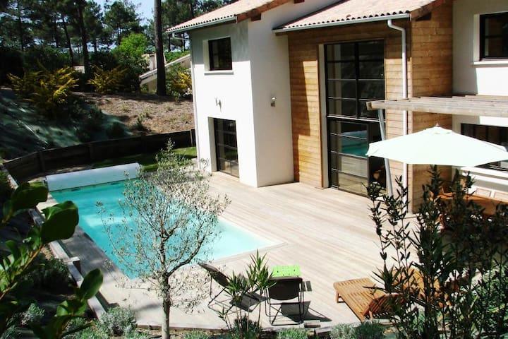 Villa 6 Pièces 10 Personnes 134543