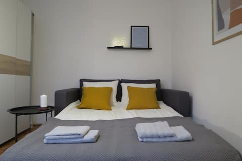 APARTMENT 12-Cosy Apartment with free parking