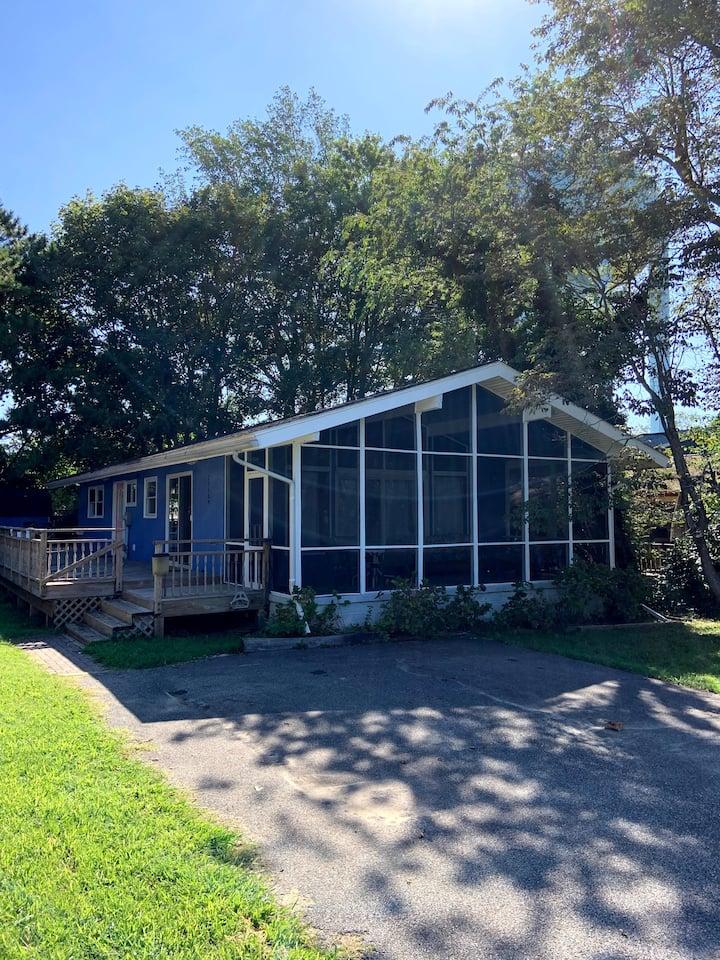 Family beach house 2 blocks from the sand, 3BR 2BA