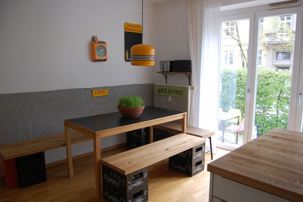 direct access from kitchen to terrasse
