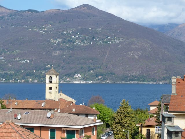 Appartamento centro di Luino - Luino - Apartment