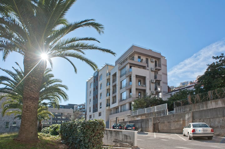 Great apartment near Old town Budva