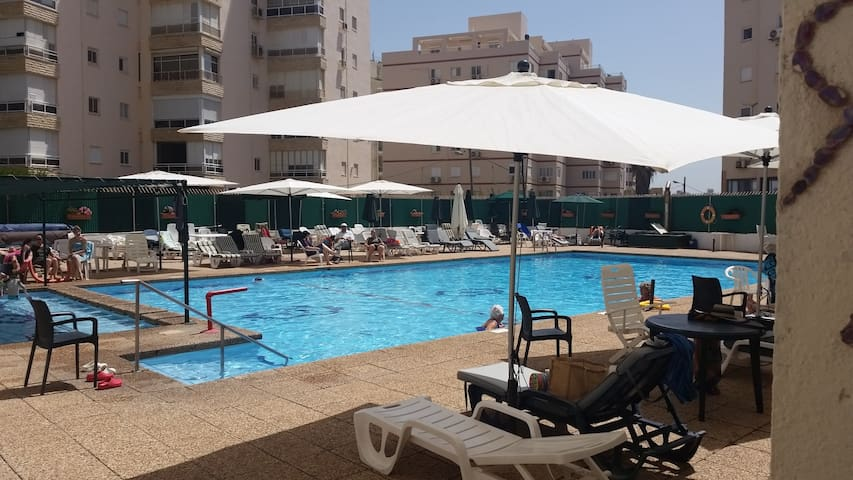 Luxuary appartment with swimming pool front of sea - Netanya - Lägenhet