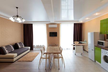 Апартаменты-студии в центре Краснодара - Krasnodar - Apartemen
