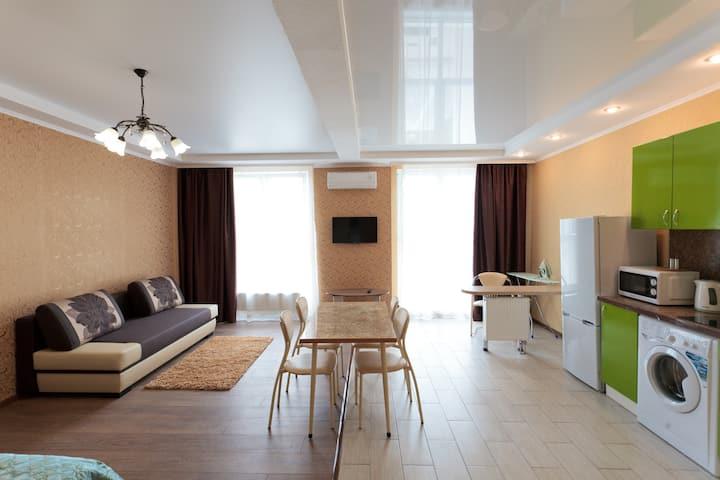 Апартаменты-студии в центре Краснодара