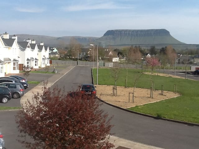 Close to Beach,The Meadows, Grange,  Nrth Sligo. - Grange - Maison