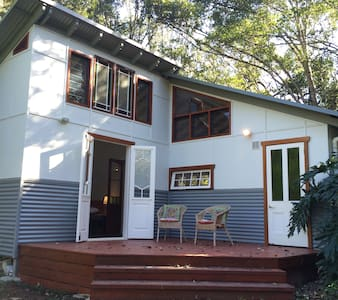 Anahata Waters: Beautiful cottage in a rainforest - Wilsons Creek - Blockhütte