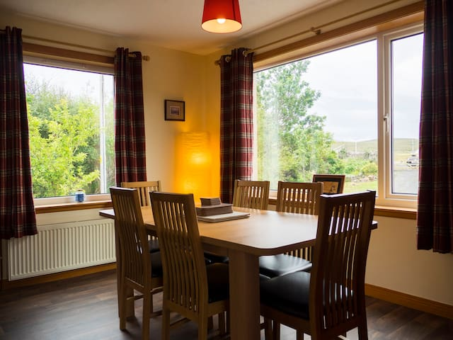 Neilanbank, rural, pet and family friendly