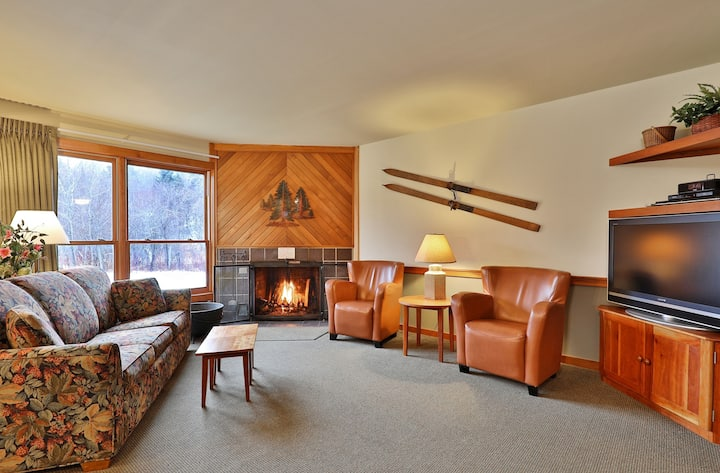 Trail Creek 11 - 1Bed 1Bath - Ready for game night