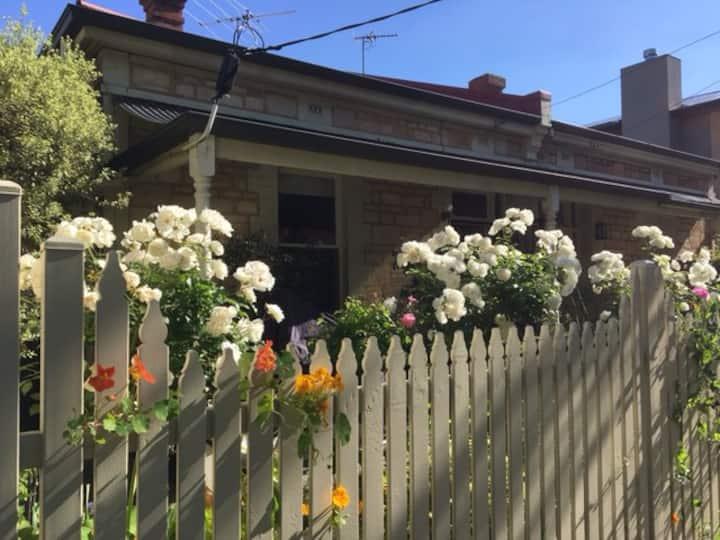 Boutique North Adelaide Heritage Cottage Archer St