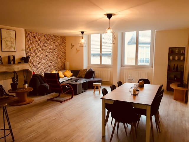 Charmant Appartement à Langres proche A31-Dijon