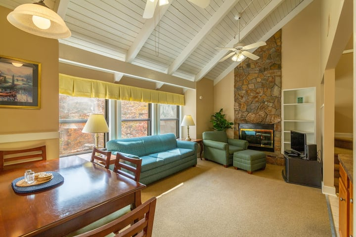 Mountain Getaway, Adventure Park Nearby, Amenities Included at Shenandoah Villas at Massanutten Resort