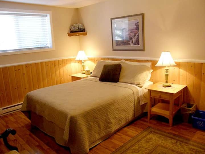 """Pleasant View Guest suite """"A"""""""