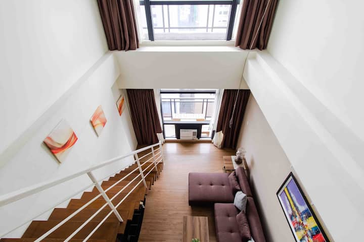 1BR Spacious Loft @Gramercy, 20mins to the airport