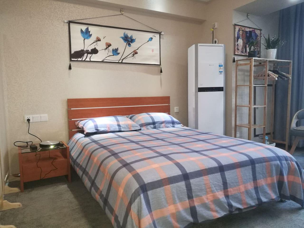舒适的红苹果大床,空调柜机,坚果G7