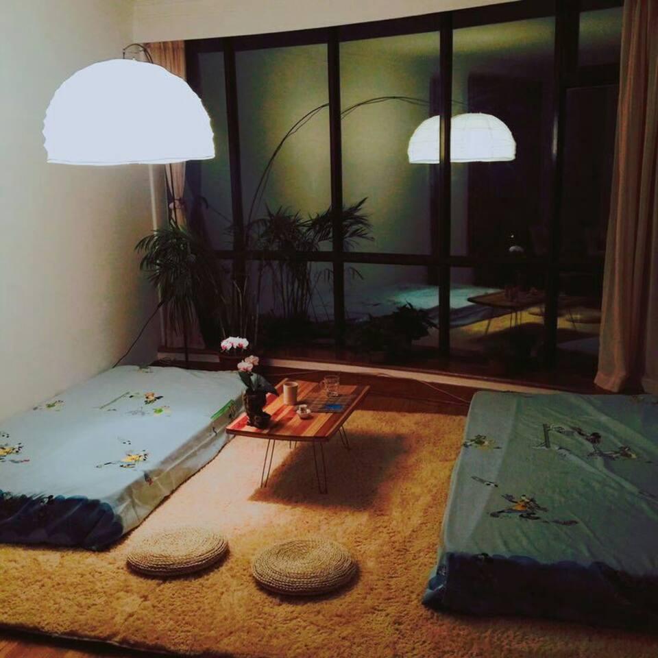 夜宿美丽客厅