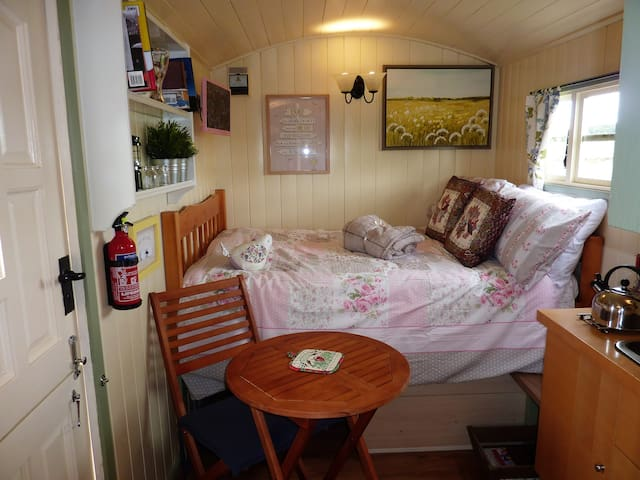 Rosie Shepherds hut Bellingham Northumberland