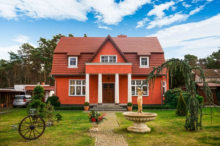 Cosy Villa in Königs Wusterhausen OT Niederlehme with Garden