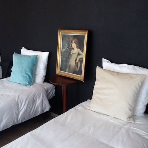 Cozy vintage rooms for 4 in center - Antwerpen - Lägenhet