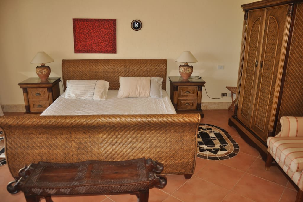 the Main room with sea view & pool view .Garden view