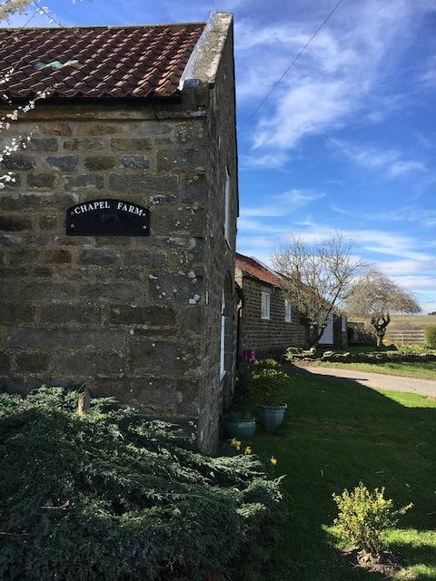 Chapel Cottage - Quaint, characterful ,rural