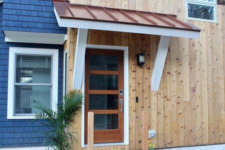 New Modern Candlewood Lake House Retreat-Getaway