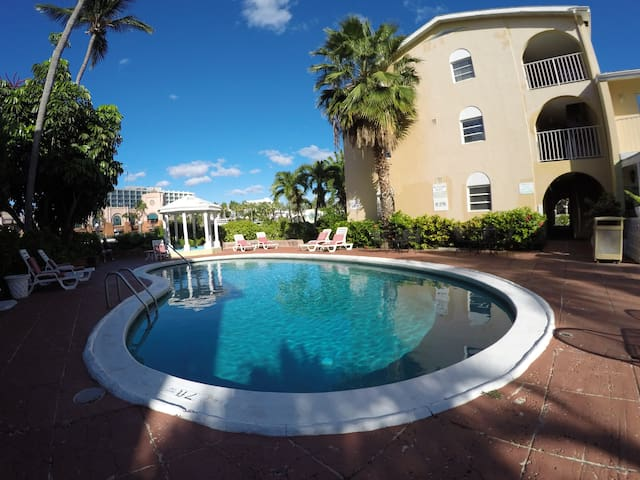 No share!! Full Apartment in Paradise Island