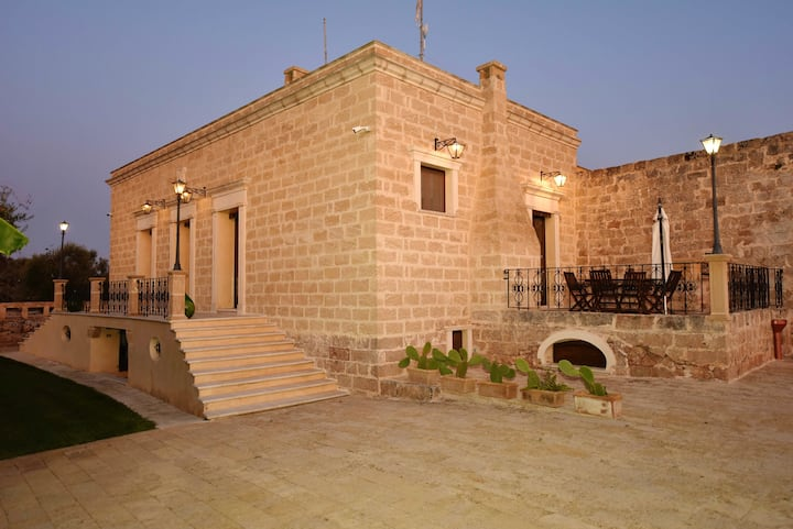 House with 2 bedrooms in Sannicola, with enclosed garden and WiFi - 3 km from the beach
