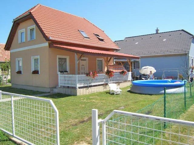 house for 11 persons with pool R18560